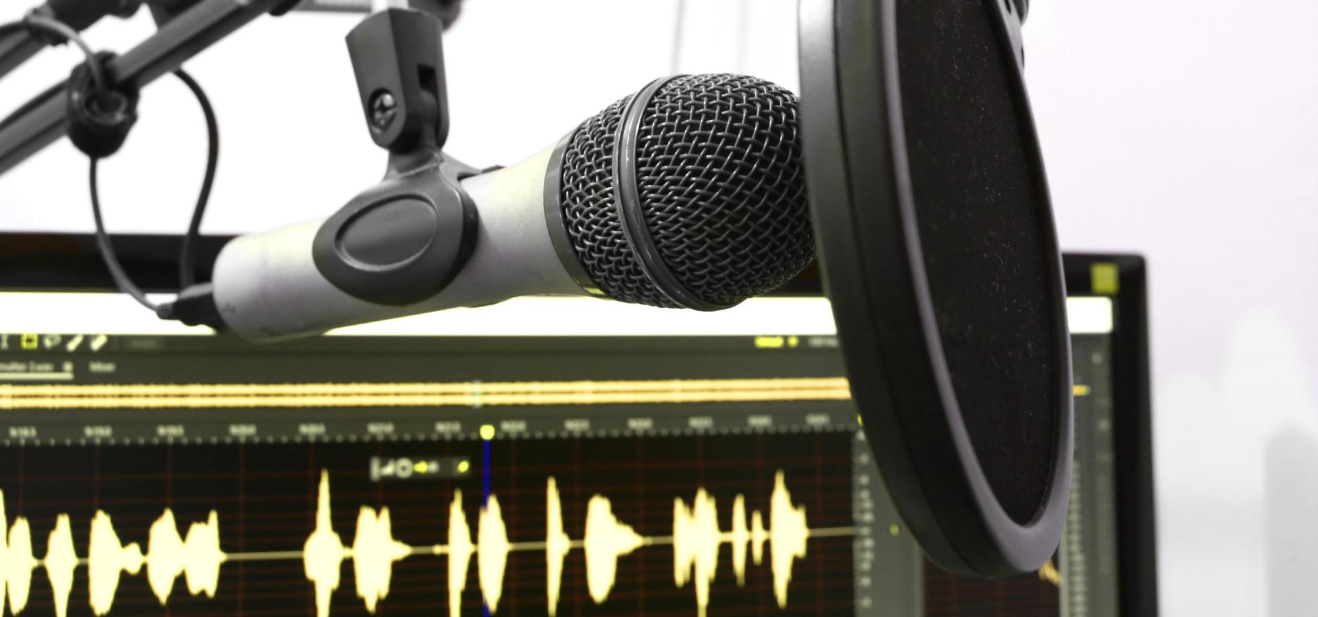 Symbolbild Podcast Pixabay florantevaldez Crossmedia