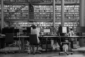 Bibliothek (Foto: Pixabay)